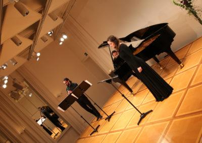 The Night Breathes Velvet – Two Nocturnes and Intermezzo für Sopran, Flöte und Klavier (1999)  nach Gedichten von Christine Hasenclever-Zbeida