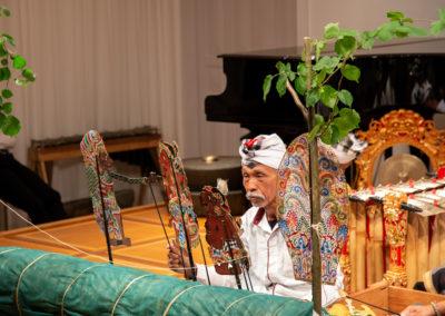Balinesisches Figurentheater/Traditionelle und neue Gamelan-Musik