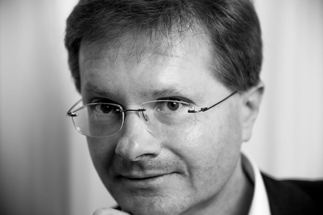 Dr. Thomas Rösch